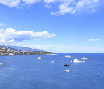 Renovated 4-room apartment - Gorgeous sea views