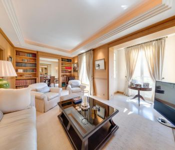 Beautiful 3 bedroom apartment - rue Grimaldi