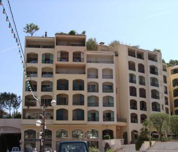 Spacious 1 bedroom apartment Fontvielle with parking
