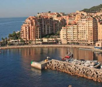 Restaurant on the port of Fontvieille