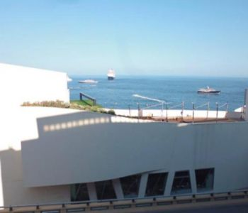 Renovated 2 bedroom, beautiful sea view