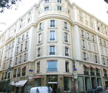 Office to rent in the Carré d'Or