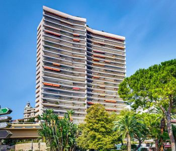 1 BEDROOM APPARTMENT WITH SEAVIEW - LE MIRABEAU