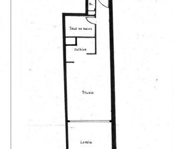 FONTVIEILLE, Ampio monolocale con balcone