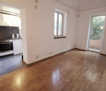 JARDIN EXOTIQUE - 1 BEDROOM FLAT WITH LARGE TERRACE