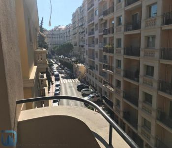 MONTE CARLO: 2 BEDROOMS APARTMENT RENOVATED