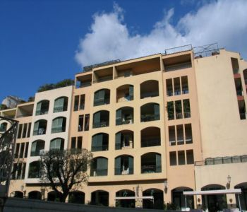 FONTVIEILLE, Studio with nice view