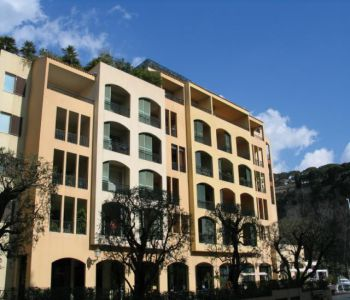 Fontvieille, large apartment - nice view