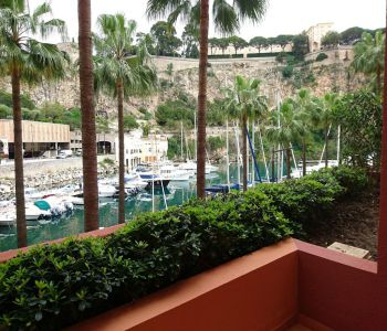 FONTVIEILLE: 2 BEDROOMS APARTMENT IN PERFECT CONDITION
