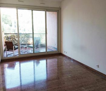 FONTVIEILLE, spacious studio with balcony